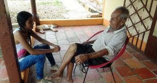 Hace 13 años quedó viudo, pero no piensa tener más mujeres. Nadie le cree la edad y cuenta con un estado de salud excelente.