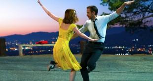 La La Land es el musical sobre la farándula dirigido y escrito por Chazelle y protagonizado por Stone y Gosling.