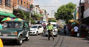 La medida correspondiente al 'Placa Día' se determinó para  taxis, automóviles, motocicletas, camionetas, camiones y volquetas, de placa nacional y placa extranjera.