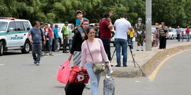 Lo que se experimenta en Colombia y en Venezuela,  tiene repercusiones de inmediata referencia en las áreas, zonas, regiones  o entornos fronterizos.