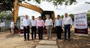 El presidente Santos llegó en la mañana del viernes y en la agenda tenía para hablar sobre obras de infraestructura, movilidad, fomento de empleo y servicios públicos. / Foto: PRENSA GOBERNACIÓN