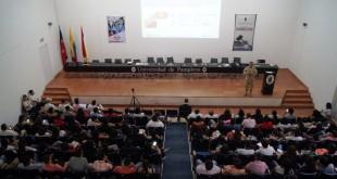 La actividad se cumplió como parte del compromiso que tienen las instituciones de educación superior en la formación de líderes.